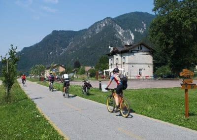 La vecchia Stazione di Ugovizza lungo la Ciclovia Alpe Adria Rad